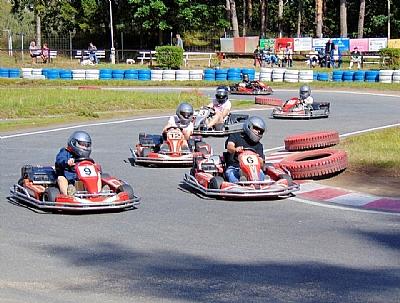 VERANO JOVEN: Carrera de karts