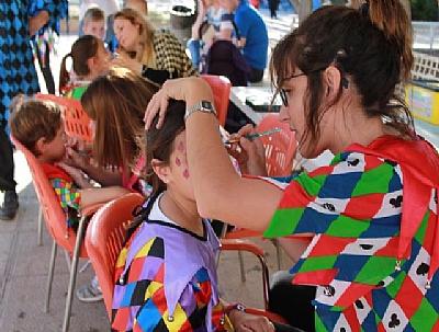 MAYOS 2019: Taller de maquillaje de Corremayos para niños